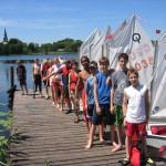 Schüler beim Segelprojekt